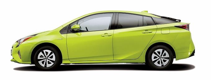 プリウス 新車 中古車 どっち
