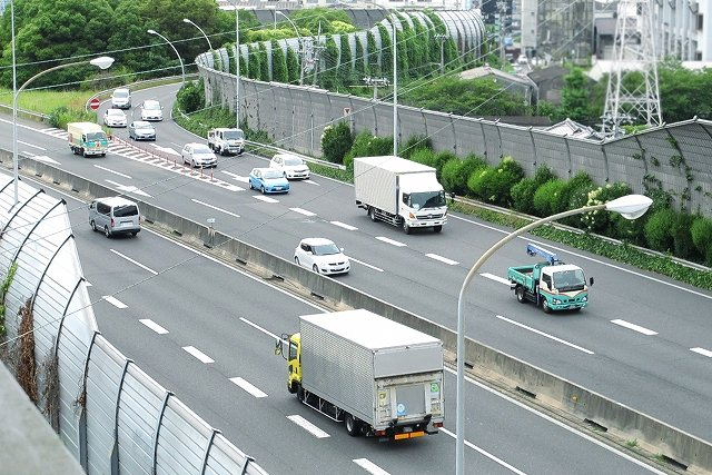 エブリィワゴン 車高調 乗り心地 高速道路