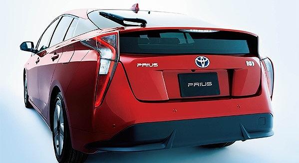 プリウス 乗り心地 改善 タイヤ プリウスの外観