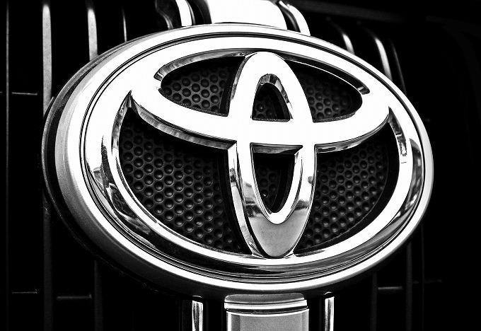 アベンシス2013年モデル評価  トヨタ