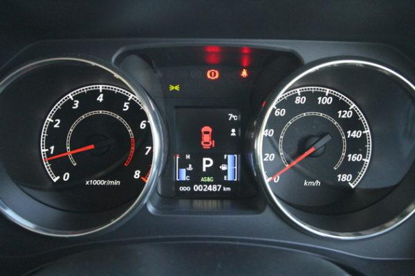 デリカ D5 2WD 実燃費 メーター