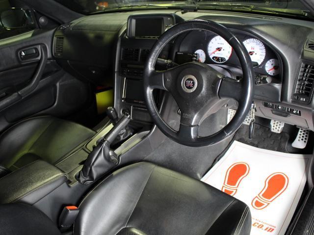 スカイライン ハイブリッド 4WD 試乗 シート