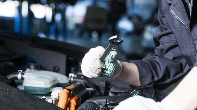 オデッセイ セルモーター 叩く 車の修理