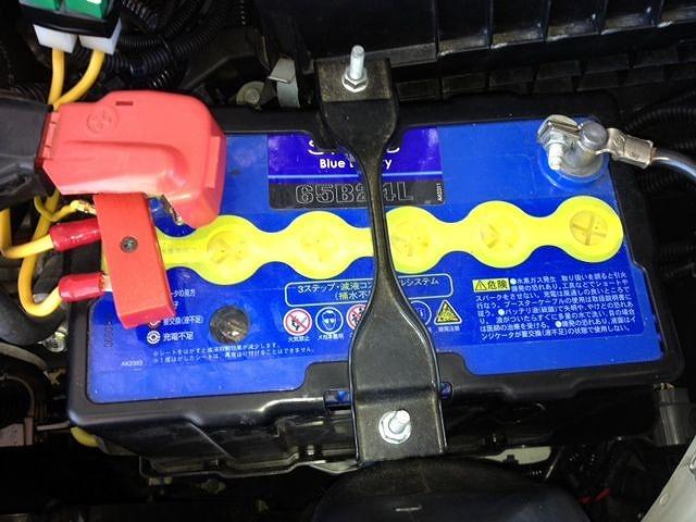 オデッセイRC1 バッテリー 交換方法 バッテリー