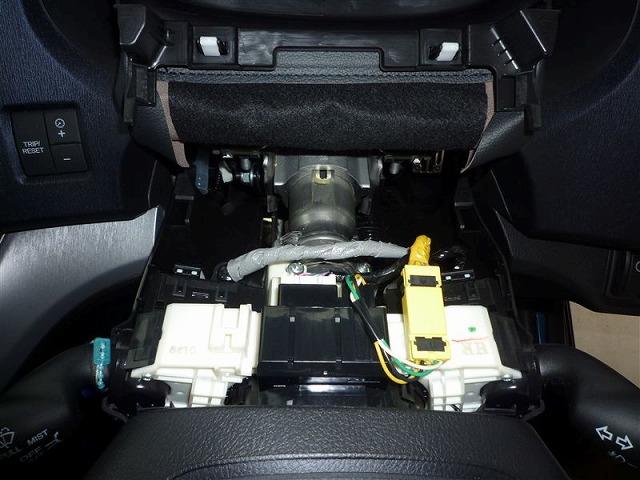 オデッセイrb3 エンジンスターター 取付 キーシリンダー裏