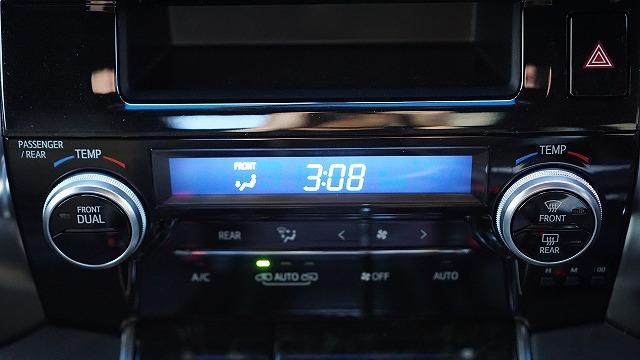 ヴェルファイア バッテリー 交換 初期設定 時計